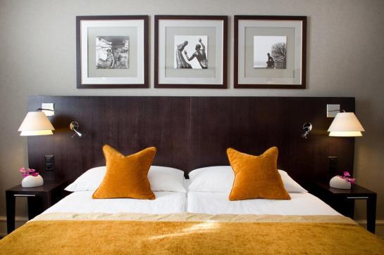 hotel-example2
